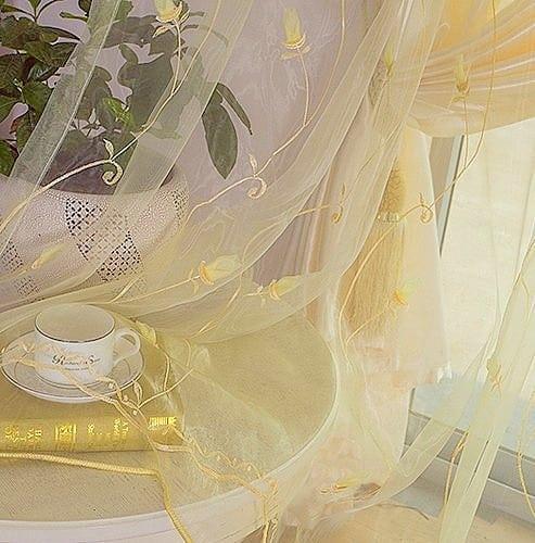 hímzett francia organza - fényáteresztő függönyök
