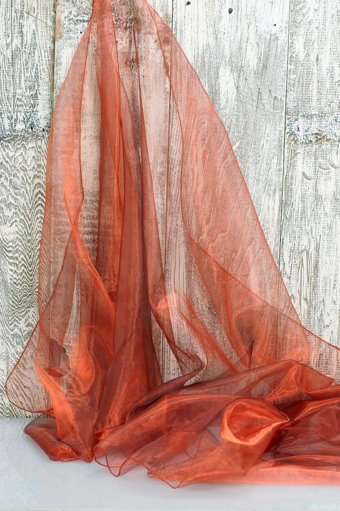 réz színű, organza fényáteresztő függöny