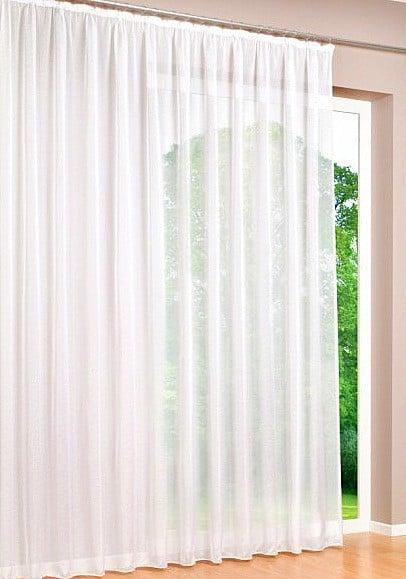 ablakon a sablé - fényáteresztő függöny