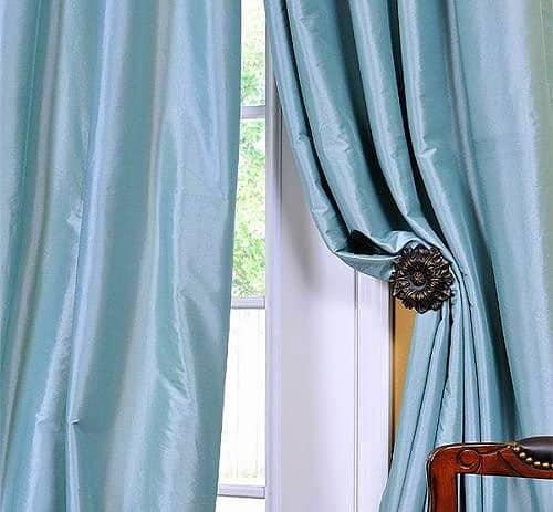 ablakon a kék színű taft - dekor sötétítő függöny anyag