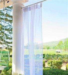 Kültéri terasz függöny fényáteresztő anyagból