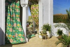 Kültéri terasz függöny színes dekor anyagból