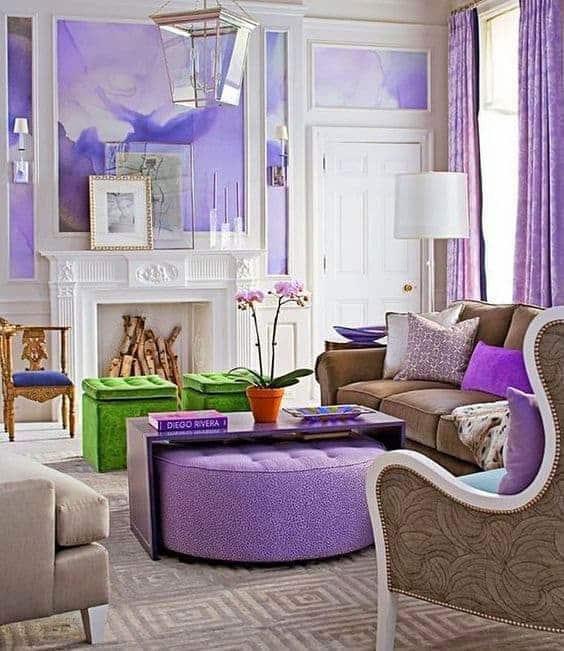 2018 év színe az ultra violet_élénk lila (55)